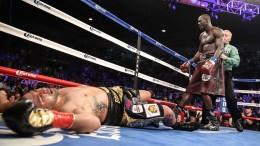 Wilder knockouts Molina